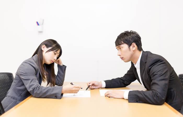 転職エージェント社員は、企業の人事担当者を訪問し、どんな話をしている?