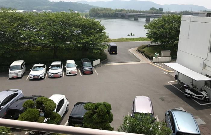 ハローワーク西大寺の駐車場