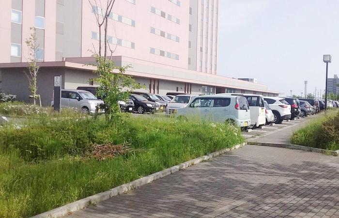 ハローワーク新潟の駐車場