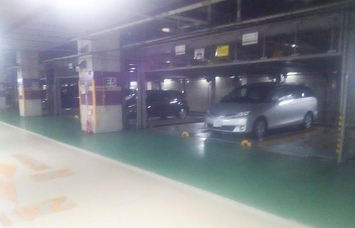 ハローワーク布施の駐車場