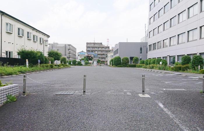 ハローワーク町田の駐車場