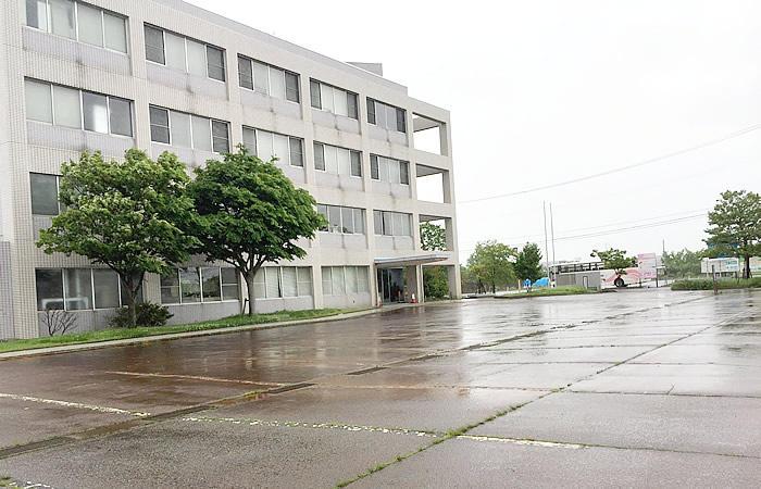 ハローワーク新発田の駐車場